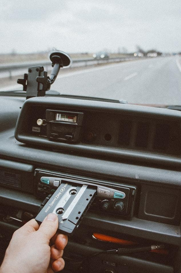 Musik mischen im Auto